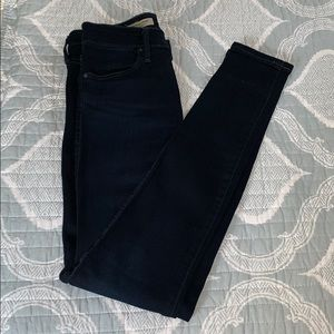 AG- The Farrah High Rise Skinny Size 25R